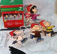 light 4 Christmas Lighted Pathway Markers Charlie Lucy Linus Snoopy Original Box