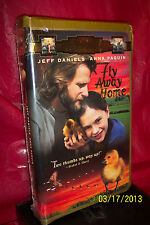 Fly Away Home (VHS, 1997, Closed Captioned; Clam Shell Case) BRAND NEW