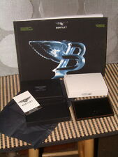 BENTLEY COLLECTION - 2013/14 BLACK AND TAN COLLECTION CREDIT CARD CASE. NIB