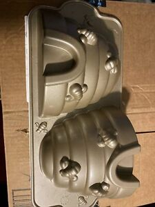 Nordic Ware Beehive Cake Pan,10 Cups Made USA. Never Used. Free Shipping.