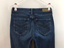 LEVIS 4/27 Jeans Demi Curve Classic Denim Capri Crop Skinny Dark Wash Womens 4