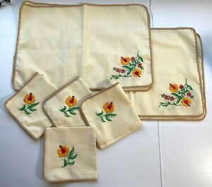 Embroidered Linen 4 Placemats & 4 Matching Napkins Flowers Tan Handmade