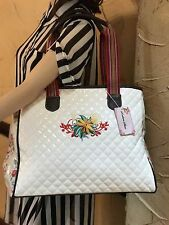NWT DESIGNER INSPIRED EMBROIDED FLOWER DECORATIVE QUILTED HANDBAG WHITE