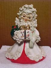 Vintage NAPCO Spaghetti Trim Christmas Angel Figurine w Wreath & Presents S116B