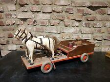 antikes Pferdegespann, Holz, Wagen, Pferd, Ziehpferd