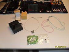 lot de collier et lacets collier et boîtes à bijoux
