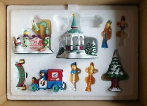 Disney Winter Wonderland Christmas Holiday Figurine Set by Danbury Mint