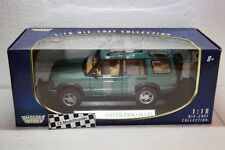 Land Rover Discovery • 2004 • NEU • Motor Max • 1:18