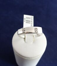 14CT SOLID WHITE GOLD RING -3.6g TDW=0.04ct