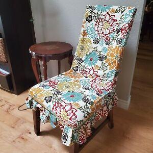 Set of 4 Pier 1 Dana Slipcover Chair Multi Color FloralPleated Hemline