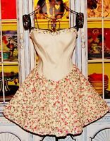 Betsey Johnson Dress GARDEN FLORAL Cream ROSE APPLIQUES Corset FIT & FLARE 6 S