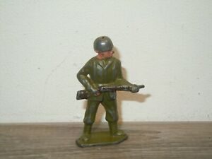 Timpo Toys ? England - Toy Soldier with Gun *37778