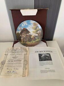 "Seltmann Weiden 1986 Porcelain Plate Number N 2967 ""Vor Der Schmiede"""
