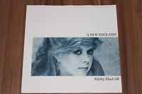 "Kirsty MacColl - A New England (1985) (Vinyl 7"") (Stiff Records – 6.14297 AC)"