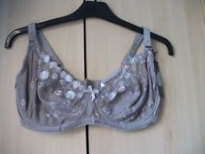 Ladies NWT M&Co underwired laced bra size 36B
