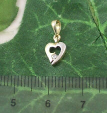 Sassi P1014YW Ladies 9ct 375 Small Gold Heart Shaped Cubic Zirconia CZ Pendant