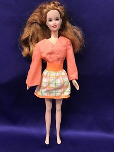 BARBIE DOLL, TANGERINE TOP/SHORTS WITH A SNAP ON SKIRT.  MATTEL #1451. 1970 (239