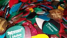 Lot of 100 FENDER Clears guitar picks Assorted Colors Thin Medium Heavy