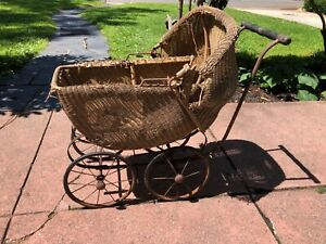 Vintage Antique Wicker Baby Carriage/Stroller Buggy Rare Full Size
