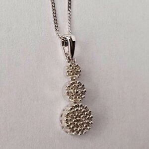 9ct White Gold 0.10ct Diamond Triple Cluster Pendant & Chain Necklace NEW Gift