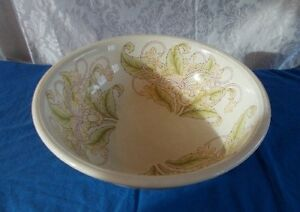 "Antique Cauldron England Porcelain Victorian  Chamber Wash Basin 16"" diam."