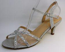 Zapatos de Novia con un Pequeño Tacón Y Tiras Plata N18-230
