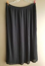 Lane Bryant Black size 14/16 100% polyester lined pleated skirt18