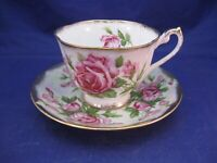 VINTAGE ROYAL STANDARD TEA CUP AND SAUCER - GOLD TRIM AND PINK ROSES