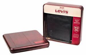 Levi's Men's RFID-Blocking Extra Capacity Traveler Bifold Wallet Black