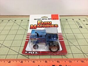 1/64 FORD TW-25 tractor with duals from 1986 on card! FREE shipping!