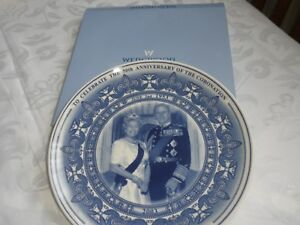 WEDGEWOOD PLATE- QUEEN & DUKE- TO CELEBRATE 50TH ANNIVERSARY OF THE CORONATION
