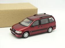 Schuco SB 1/43 - Opel Sintra CD Rojo
