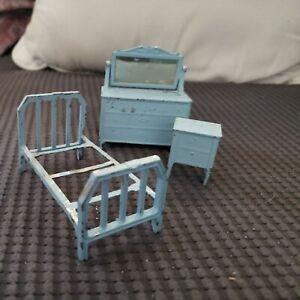 Antique 1920s Tootsie Toy Dollhouse Furniture Blue Metal Bed, dresser. Nightstan