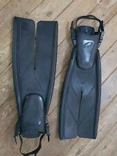 Oceanic Vortex V12 Split Fins : Black  - Size Regular