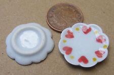 1:12 Scale 2 L White Ceramic Dish's Heart Motif Dolls House Miniature Accessory