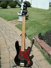1970s YAKIMA BASS Guitar. P-Bass. BLACK. Maple Neck. 4 string Japan Korea fender