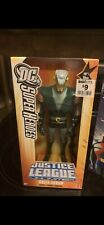 2005 DC Justice League Unlimited GREEN ARROW 10 Inch Unopened.