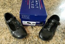SIMPLY STYLED ARIA GIRL TODDLER BLACK SHOES, SIZE 11.