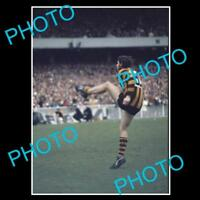 OLD FOOTBALL PHOTO, PETER HUDSON HAWTHORN FC