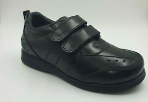 Boy's black leather school shoes size 1 to 13