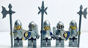 LEGO Kingdom Castle Blue Crown Knights Lot 5x Minifigures Scale + Armor Shields