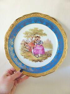 Limoges Dinner Plate with Display Frame, 25 cm, Fragonard Courting Couple Scene