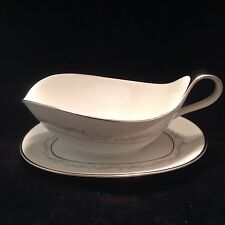Heinrich H & C Selb  Gravy Boat Attached Underplate Bavaria Germany