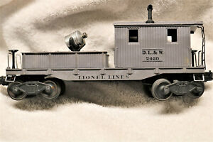 POSTWAR LIONEL TRAIN 2420 WORK CABOOSE WITH SEARCHLIGHT