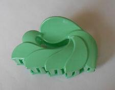 Pince à cheveux 9 cm en forme de feuille ou pétale couleur vert pâle P0050F