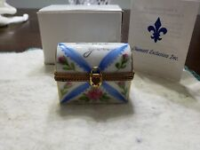 """Chamart Limoges France """"I Love You"""" Trinket Box with pansies."""