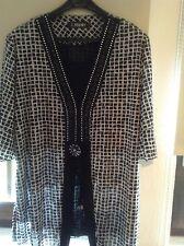 Bluse, Shirt, Größe 46/48, schwarz/weiß, zweilagig, neuwertig