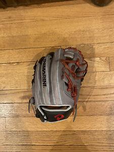 """Demarini Insane 11.5"""" Youth Baseball Infielders Glove Right Hand Throw"""