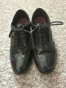 Clarks Shoes Size 3 Ladies Patent Brogues Black Leather School Shoes 3F