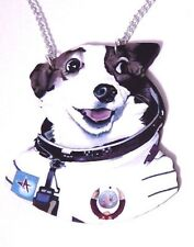 SPACE COSMONAUT STRELKA gaudy wooden necklace astronaut dog pendant kitschy L5
